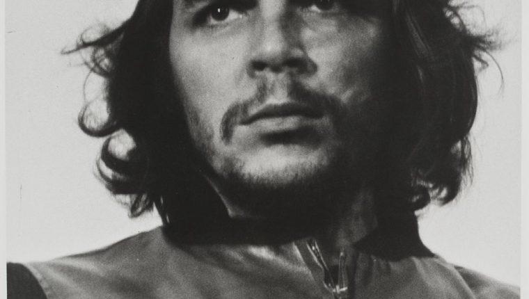 La icónica foto del Che Guevara tomada por Alberto Korda en 1960. (Foto: EFE)