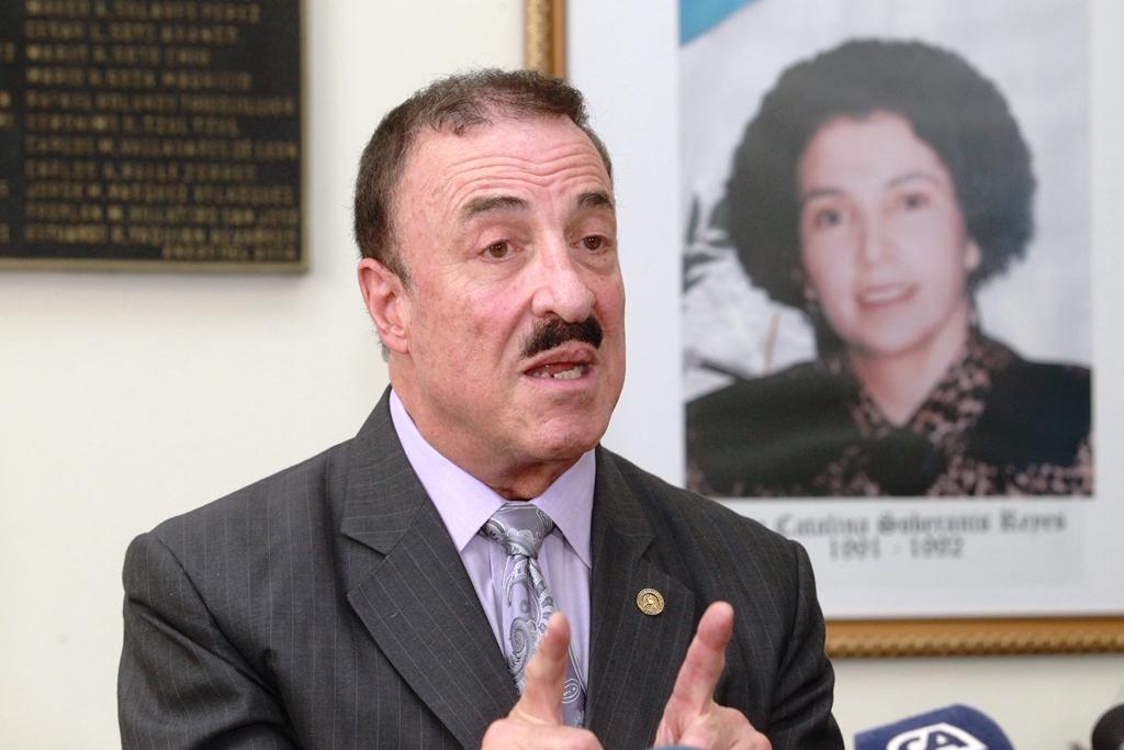 Diputado Fernando Linares Beltranena argumenta que la cancelación de su visa para los EE.UU. fue por revancha política. (Foto HemerotecaPL)