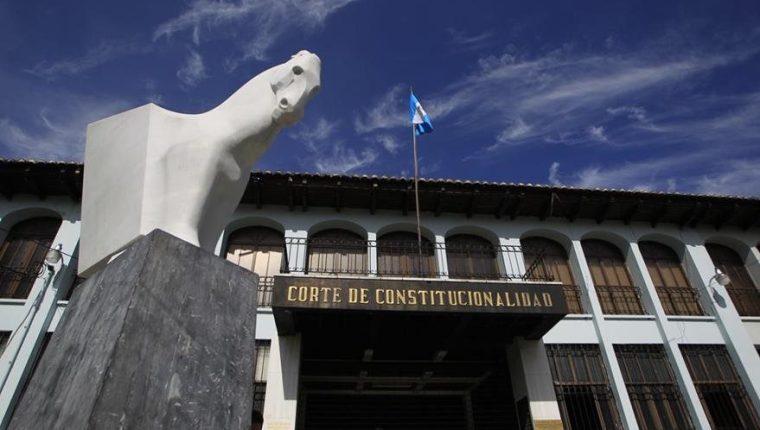 La Corte de Constitucionalidad debe conocer el amparo interpuesto este viernes para garantizar la visa de trabajo del comisionado Iván Velásquez. (Foto Prensa Libre: Hemeroteca PL)