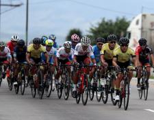 Los ciclistas partirán hoy desde Jalapa rumbo a El Progreso, Jutiapa, para cumplir con la segunda etapa de la Vuelta a Guatemala. (Foto Prensa Libre: Carlos Vicente)