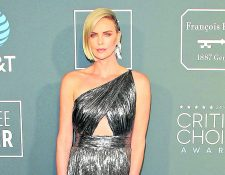 Charlize Theron sonó como pareja de Brad Pitt (Foto Prensa Libre: EFE).