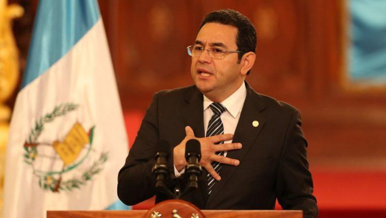 El presidente, Jimmy Morales, ya había manifestado su preocupación por la situación que vive el futbol guatemalteco. (Foto Prensa Libre: Hemeroteca PL)