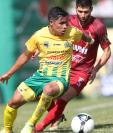 El delantero de Guastatoya Luis Martínez es uno de los jugadores determinantes para el técnico Amarini Villatoro. (Foto Prensa Libre: Francisco Sánchez)