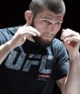 Nurmagomedov se prepara para una nueva pelea, la más importante de su carrera, en la que defenderá su corona de campeón de peso ligero del Ultimate Fighting Championship. (Foto Prensa Libre: BBC News Mundo)