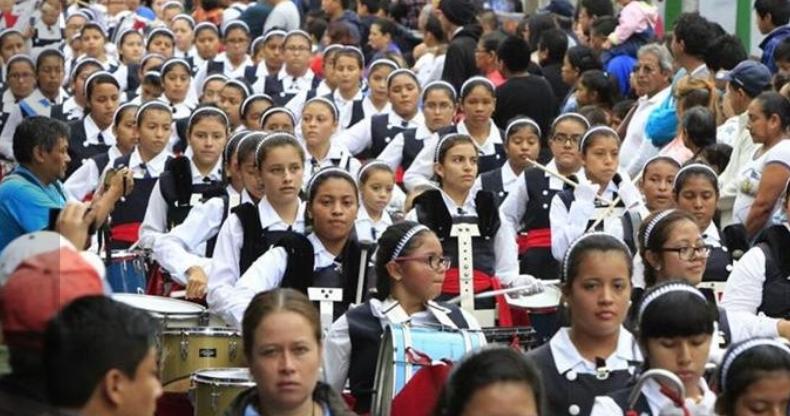 Los estudiantes desfilarán divididos en ocho bloques. (Foto Prensa Libre: Hemeroteca PL).