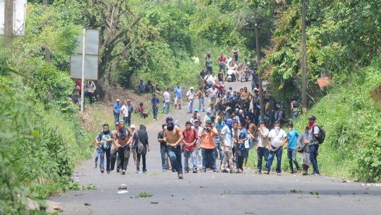 Pobladores de Coatepeque ya habían protagonizado un enfrentamiento con la Policía Nacional Civil el pasado 29 de junio. (Foto Prensa Libre: Alexander Coyoy)