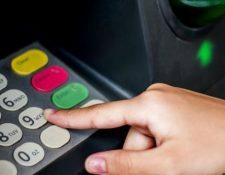 El 52% de las mujeres en Latinoamérica no tiene cuenta bancaria. (Foto Prensa Libre: BBC Mundo)