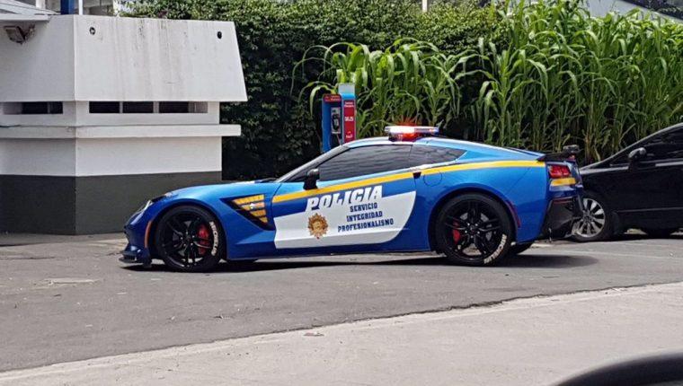 El Chevrolet Corvette Stingray 2016 visto en la ciudad capital. (Foto Prensa Libre: Tomada de internet).