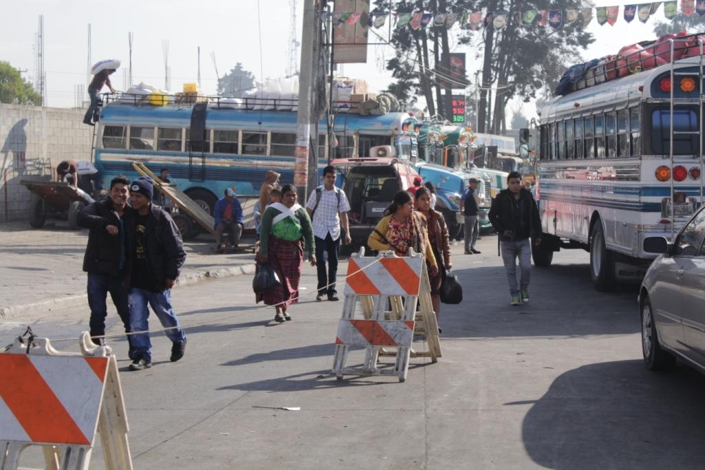 Paro de buses en Cabricán y Sibilia por extorsiones