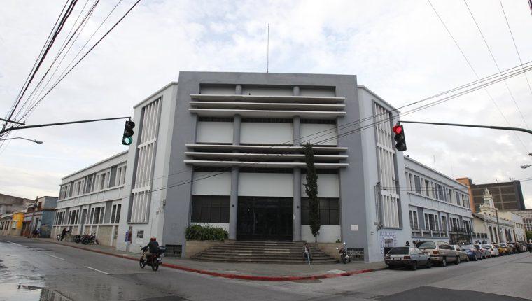 El Conservatorio Nacional de Música Germán Alcántara se fundó en 1873. Luego de pasar por varias sedes, actualmente se ubica en una esquina de la 3a. avenida y 5a. calle de la zona 1. (Foto Prensa Libre: Paulo Raquec)