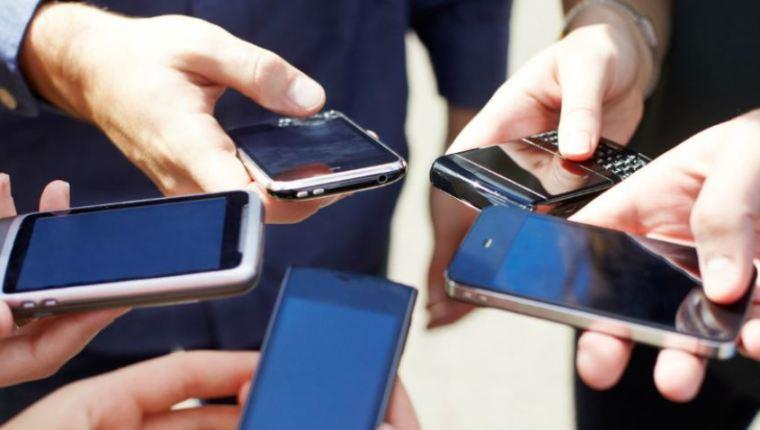 Compra entre telefónicas: Qué sigue ahora que Claro adquirió a Telefónica en Guatemala