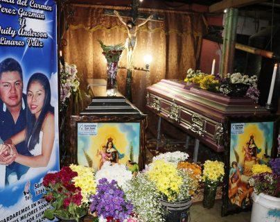 Dan último adiós a pareja que murió en accidente y que planeaba casarse