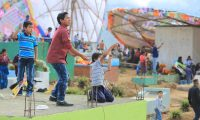 Los más emocionados con el festival fueron los niños. Muchos de ellos preferían comprar barriletes con imágenes de animales o de superhéroes.