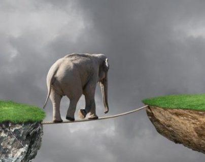 """Cómo funciona """"la banca en la sombra"""" y por qué podría detonar la próxima gran crisis mundial"""