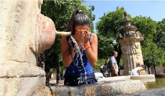 En Madrid la población está desesperada ante la fuerte ola de calor. (Foto del sitio abc.es)