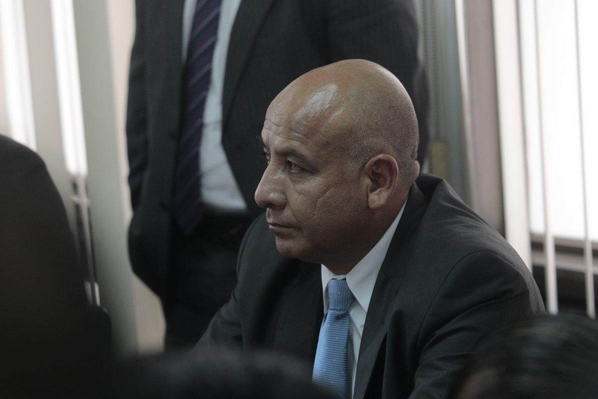 Exdiputado Luis Chávez condenado a tres años de prisión