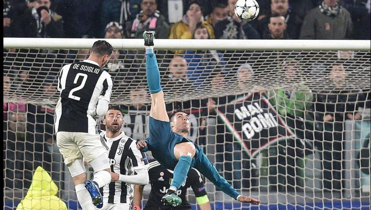 Cristiano Ronaldo volvió a ser una vez más el héroe del Real Madrid, se lució con la chilena del 0-2 frente al Juventus. (Foto Prensa Libre: EFE)