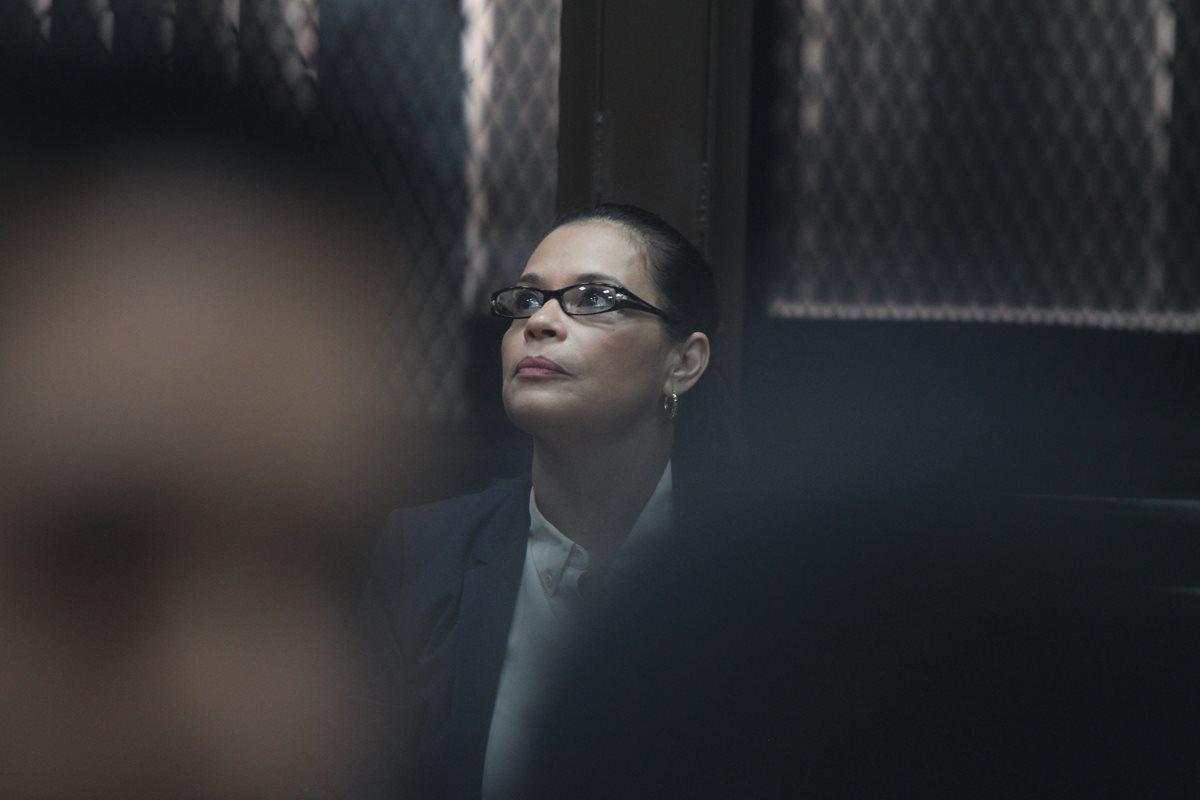 Roxana Baldetti, ex vicepresidenta de Guatemala, fue llevada al Juzgado de Mayor Riesgo B en agosto del 2015, acusada de pertenecer a la estructura de defraudadores denominada La Línea. (Foto HemerotecaPL)