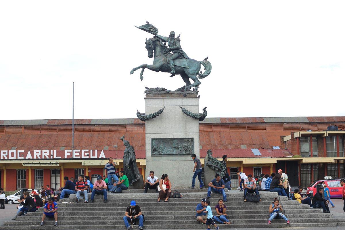 Monumentos: ¿loor a los dictadores?