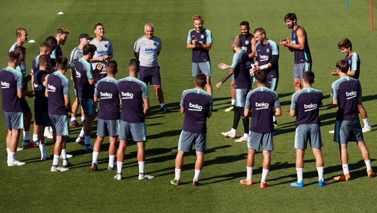 El FC Barcelona viaja este martes a Estados Unidos. Su primer partido será el domingo 29 de julio. (Foto Prensa Libre: EFE)