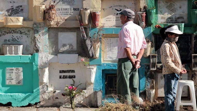 Nichos del Cementerio Municipal de Quetzaltenango. (Foto Prensa Libre: Carlos Ventura)