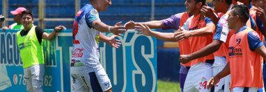 El mexicano Emmanuel Tapia, anotó un doblete para los venados, contra Marquense. (Foto Prensa Libre: Cristian Soto)