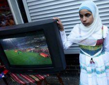 Las mujeres en Irán tiene prohibido ingresar a los estadios por decisión de las autoridades locales. (Foto Redes).
