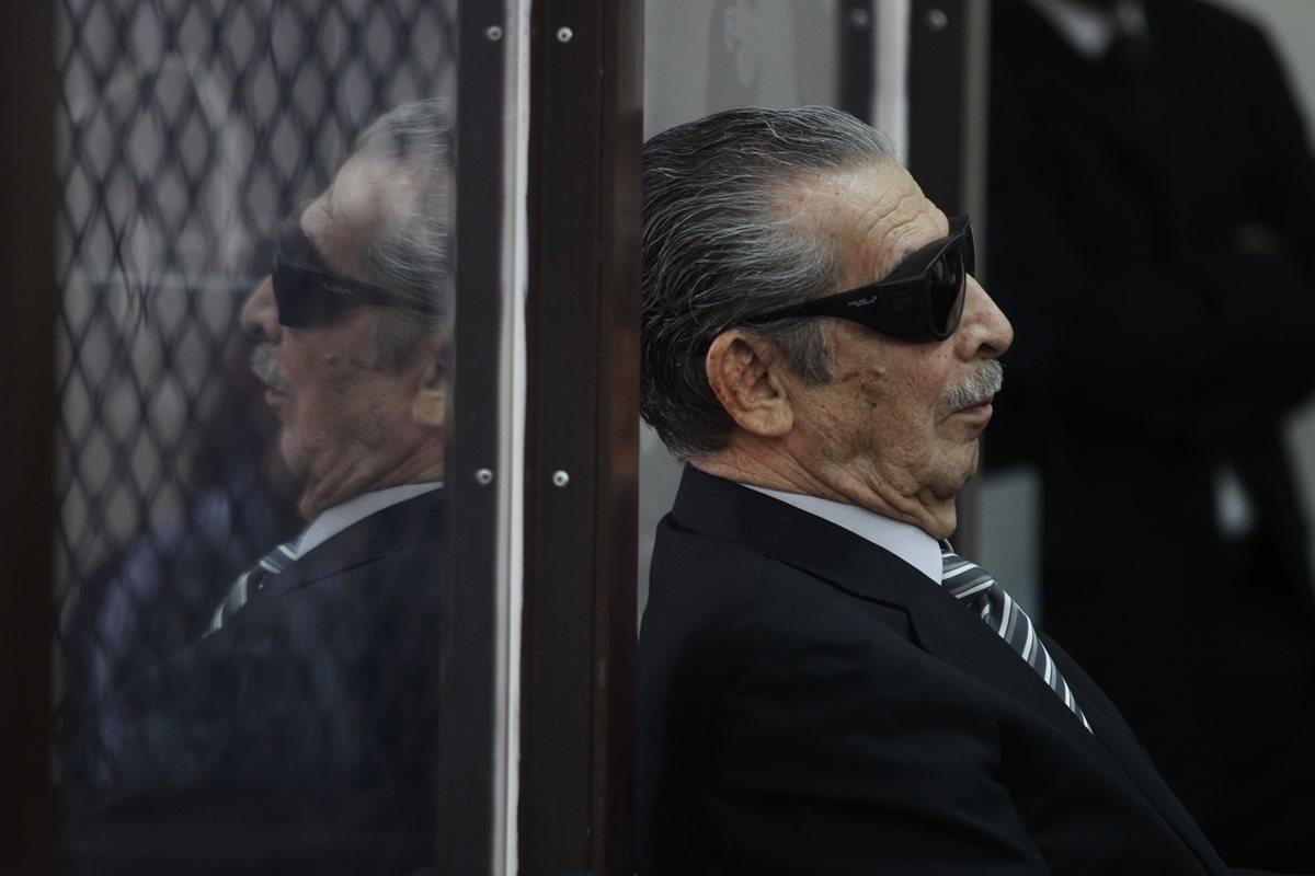 José Efraín Ríos Montt, cuando acudió a la audiencia por caso de genocidio en 2011. (Foto Prensa Libre: Hemeroteca)