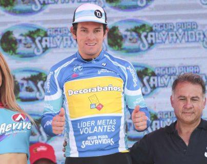 Dorian Monterroso, de Decorabaños, espera cerrar de buena forma la Vuelta y festejar el título de las volantes. (Foto Prensa Libre: Norvin Mendoza).