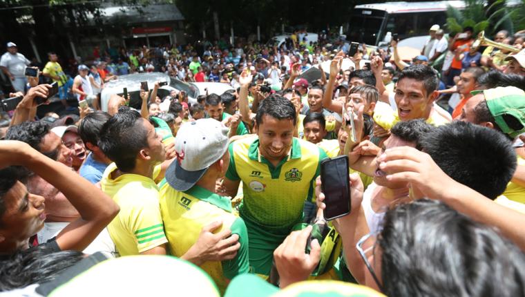 El portero Juan José Paredes es uno de los jugadores más queridos en Guastatoya. (Foto Prensa Libre: Francisco Sánchez)