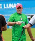 El técnico Ramiro Cepeda confía en que Xelajú logre un triunfo de visita en Huehuetenango. (Foto Prensa Líbre: Raúl Juárez)