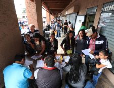 Durante el año, miles de guatemaltecos tuvieron inconvenientes para obtener su pasaporte. (Foto Prensa Libre: Hemeroteca PL)