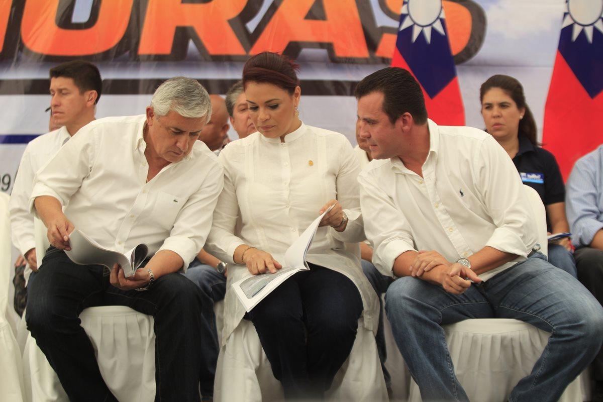 Los líderes del Partido Patriota han sido señalados en varios casos. Los primeros dos están capturados y Sinibaldi prófugo. (Foto Prensa Libre: Hemeroteca)
