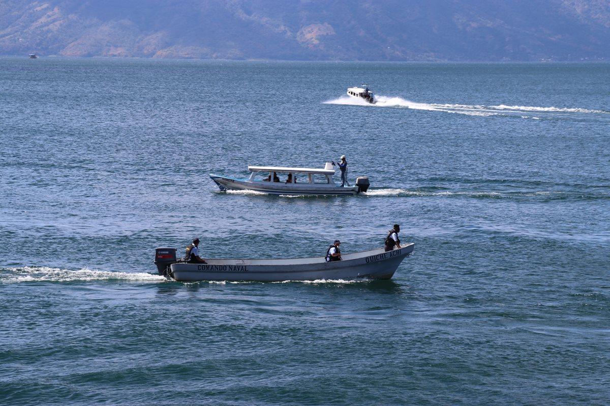 Las fuerzas de seguridad incrementarán los operativos en el Lago de Atitlán en busca de lanchas ilegales. (Foto Prensa Libre: Yesica Tol)