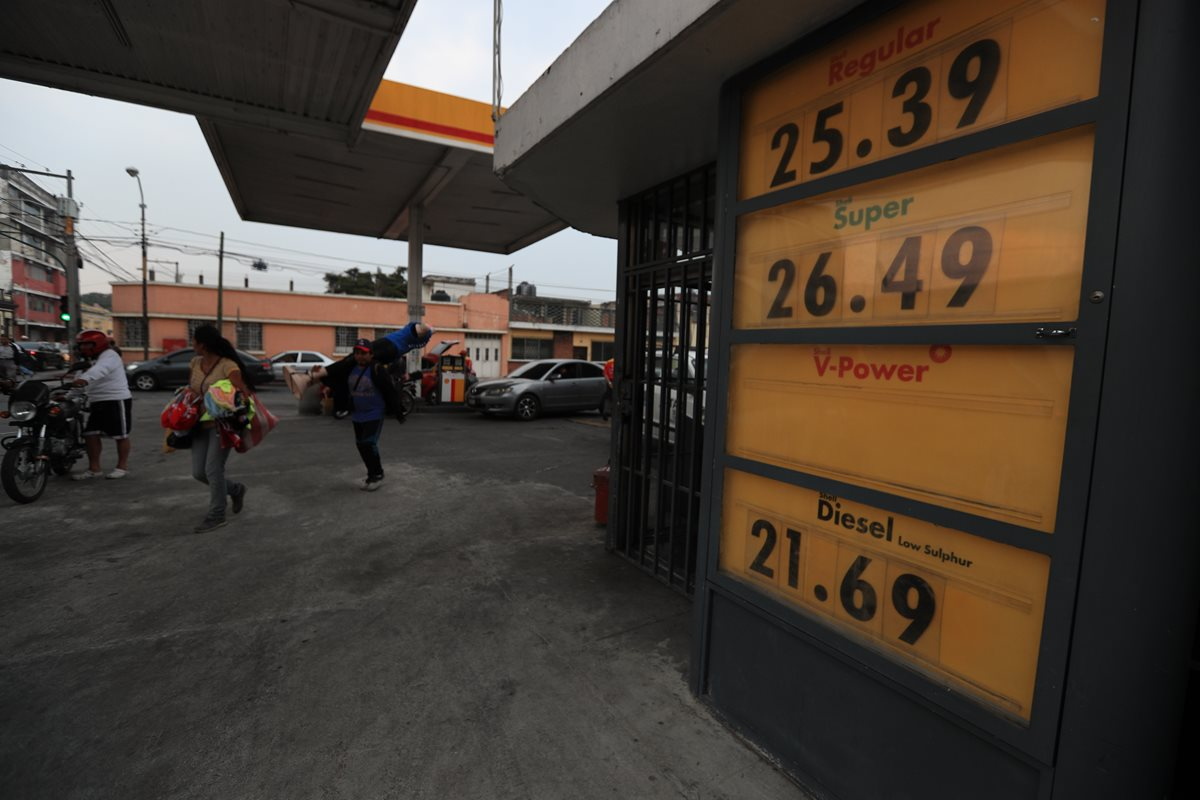 Combustibles: Galón de gasolina llega a los Q26.49