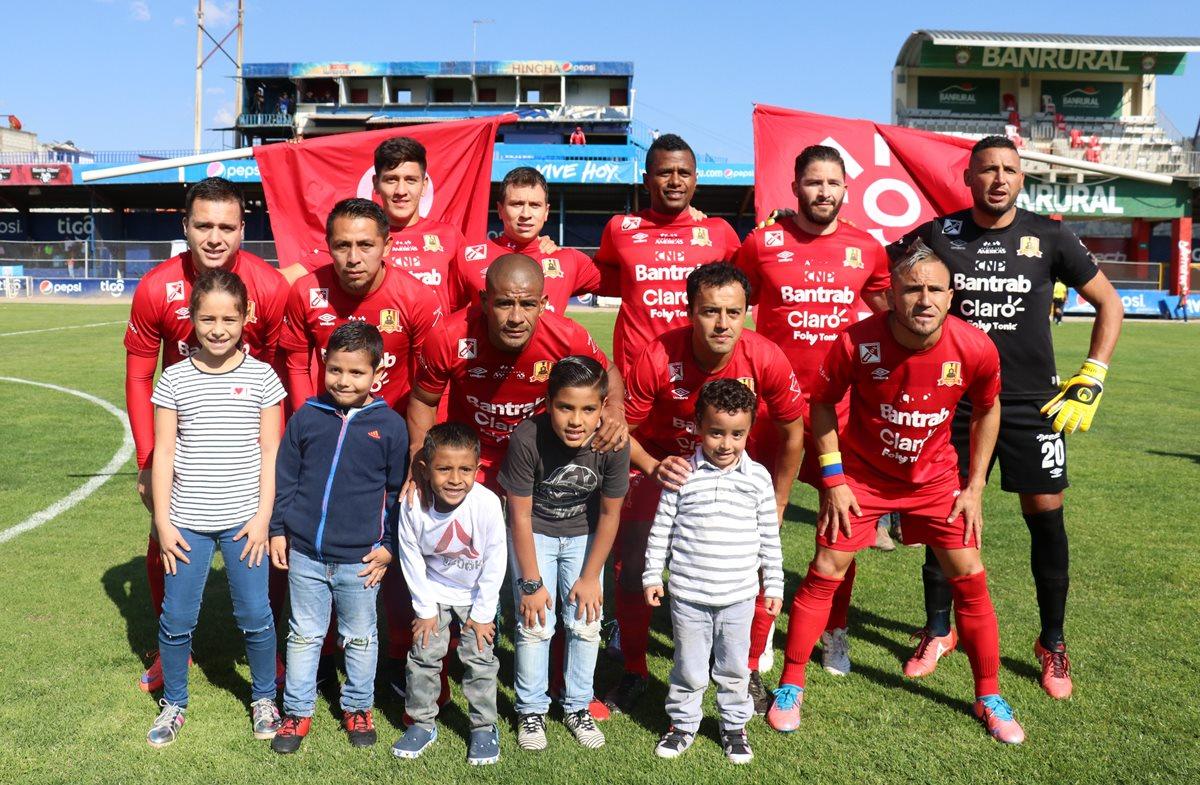 Rosario FC jugará en Quetzaltenango porque fracasó la compraventa de la ficha a Santa Ana, Petén. (Foto Prensa Libre: Raúl Juárez)