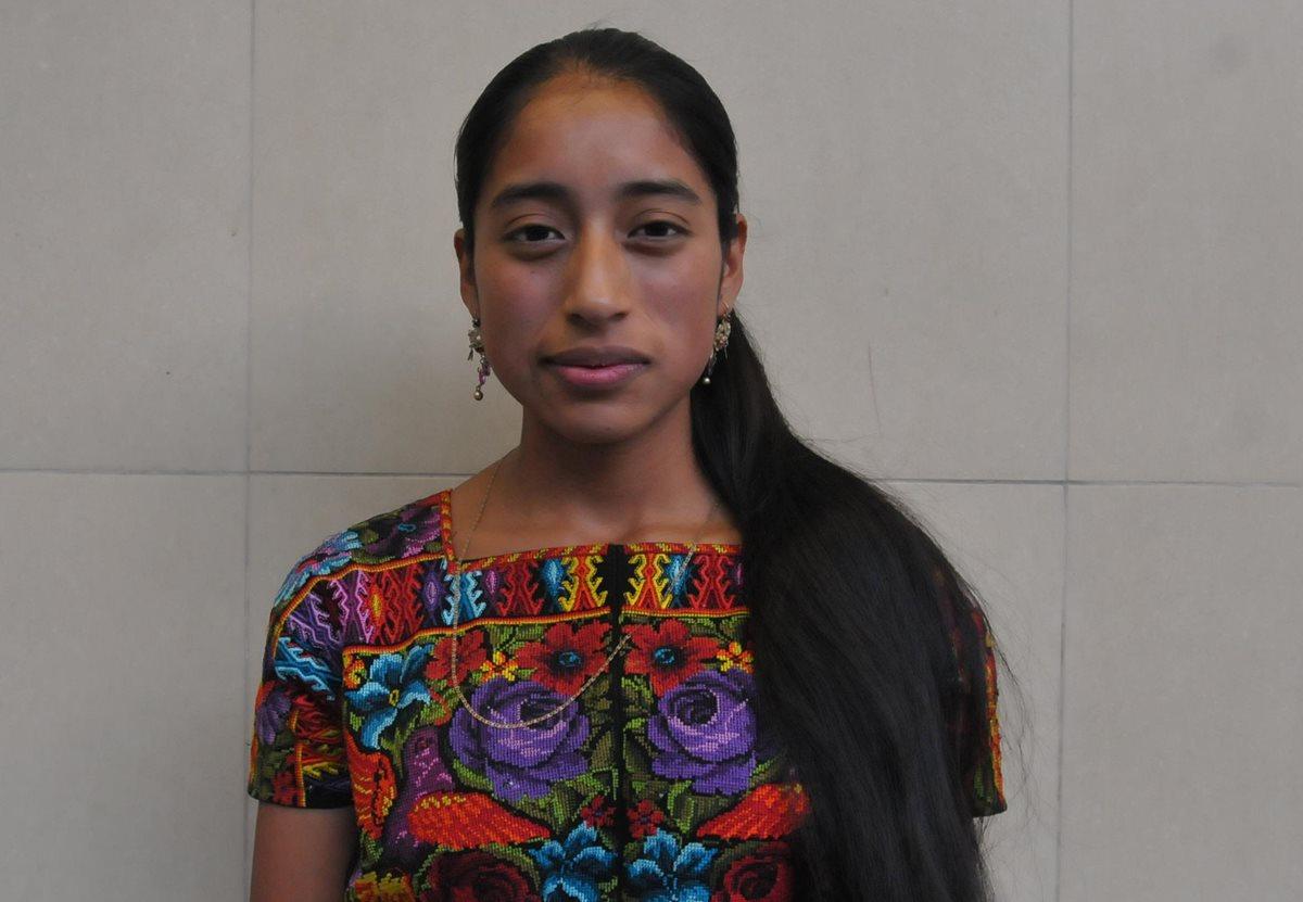 Actriz de la película guatemalteca Ixcanul actuará junto a Julianne Moore