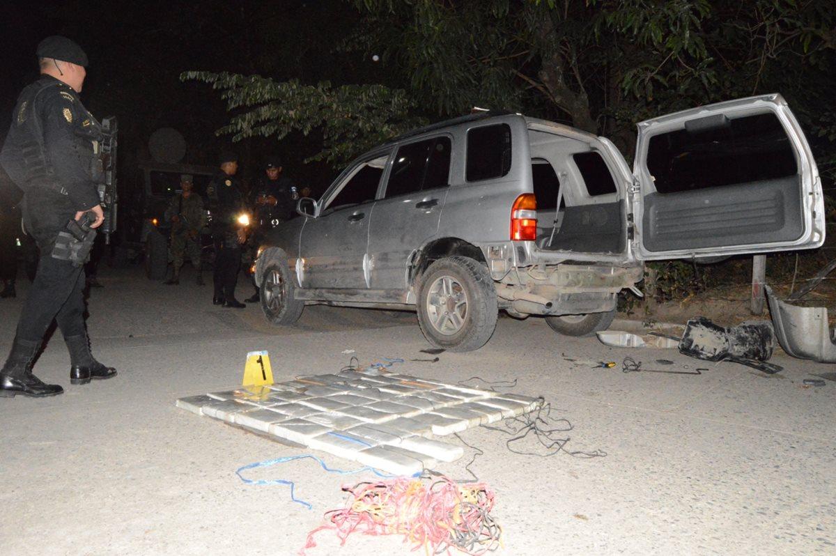 Decomisan 42 paquetes de cocaína en Zacapa