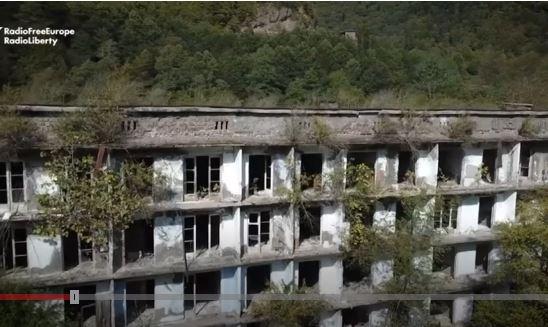 Akarmara, el pueblo fantasma de la era soviética que un bosque está devorando en Abjasia