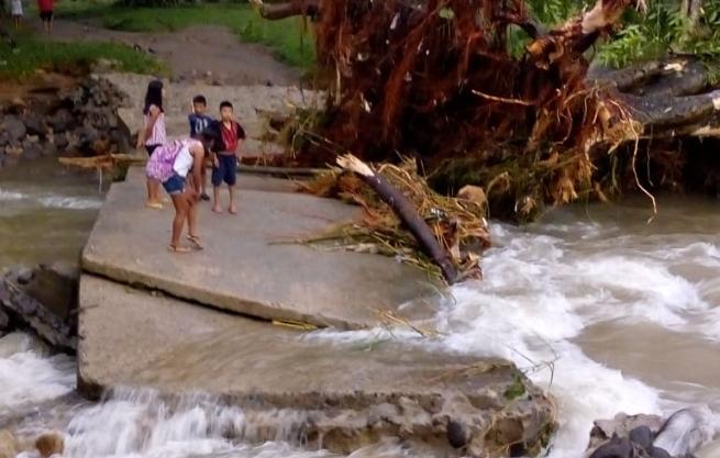 Badén que colapsó en la comunidad El Caracol, Malacatán, San Marcos. (Foto Prensa Libre: Conred).