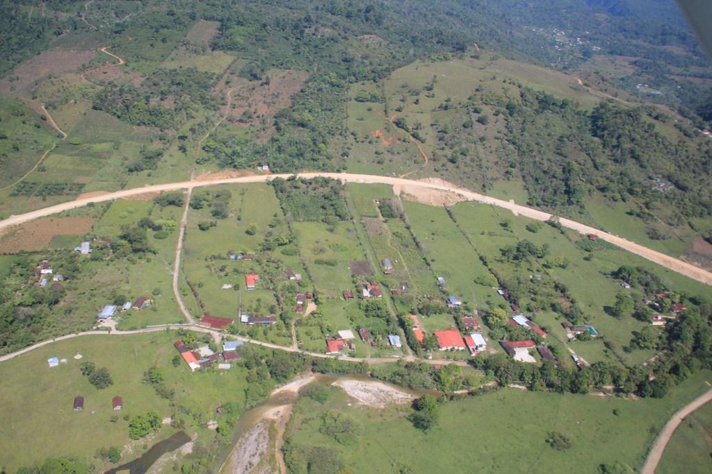 Panorámica de Ixquisís, San Mateo Ixtatán, Huehuetenango, donde grupo insurgente dice que opera. (Foto Prensa Libre).