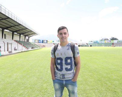 Fabián Castillo confía en reencontrarse muy pronto con el gol, para él lo importante es que Antigua GFC gane. (Foto Prensa Libre: Edwin Fajardo)