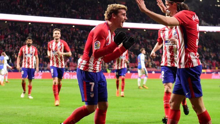 El francés Antoine Griezmann marcó este miércoles cuatro goles en el triunfo del Atlético contra Leganés. (Foto Prensa Libre: AFP).