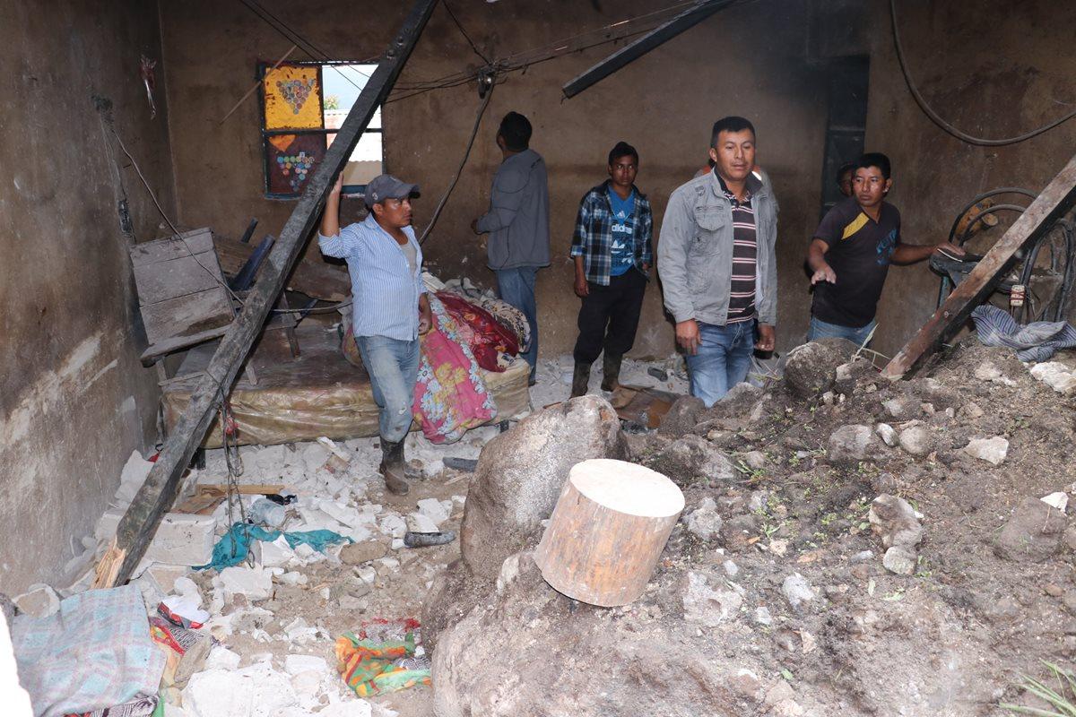 Deslave en Tecpán Guatemala deja un muerto y cuatro heridos