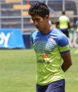 El jugador no ha entrenado en los últimos días y no concluyó el partido frente a Siquinalá por precaución. (Foto Prensa Libre: Raúl Juárez)