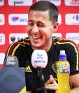 Eden Hazard es uno de los mejores jugadores del momento. El belga busca llegar al Real Madrid. (Foto Prensa Libre: AFP)