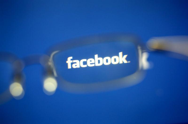 Facebook se considera como la madre de todas las redes sociales. (Foto Prensa Libre: EFE)