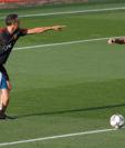 El entrenador Luis Enrique han tenido una muy buena relación desde el comienzo de la concentración con el capitán Sergio Ramos. (Foto Prensa Libre: EFE)