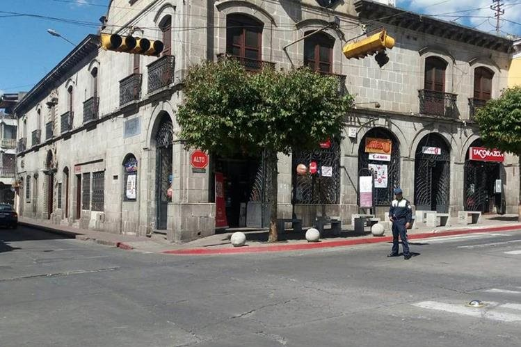 Varios semáforos de la ciudad altense dejaron de funcionar a causa del corte de energía eléctrica