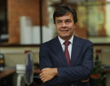 Roberto Vélez Vallejo gerente general de la Federación Nacional de Cafeteros de Colombia, afirmó que los precios internacionales del café están siendo controlados por países consumidores y castigando a los productores. (Foto Prensa Libre: Esbin García)